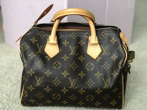 Louis Vuitton Monogram Speedy 25 Bag Mint condition! for Sale in MARTINS ADD, MD