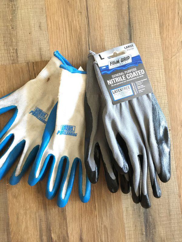 2 pairs of work/garden gloves