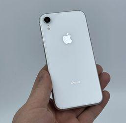 iPhone XR for Sale in Willingboro,  NJ