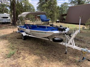 16ft bass boat for Sale in Overgaard, AZ