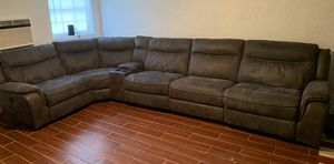 6 Piece Power Reclining Sectional for Sale in Bartow, FL