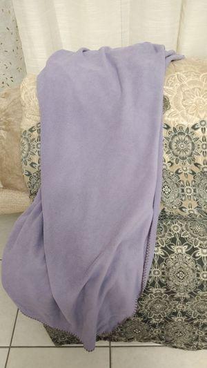 Lavender Standard Size Very Soft Throw for Sale in Miramar, FL