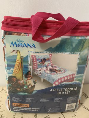 Moana Toddler Bed Set for Sale in Miami, FL