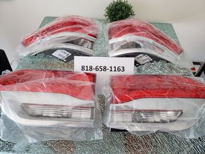 2014-2018 Jeep Grand Cherokee OEM Taillights for Sale in Los Angeles, CA