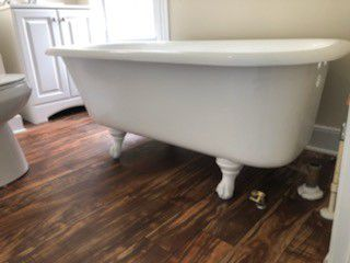 Refinish Bathtub & Kitchen cabinets