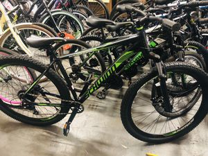 Schwinn Boundary Men's Mountain Bike, 29-inch wheels, 21 speeds, Dark Green and Black for Sale in College Park, GA