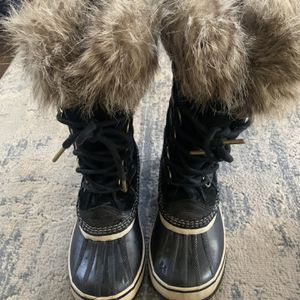 Sorel Joan Of Artic Women's Snow Boot for Sale in Denver, CO