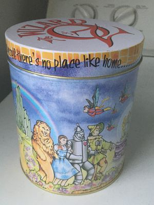 Wizard Of Oz Collectible Tin for Sale in Raleigh, NC