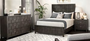Wood King Bedroom set for Sale in Sewell, NJ