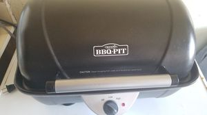 Bbq pit crock pot for Sale in Queens, NY