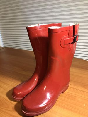 Ladies red rubber boots size 9 great condition for Sale in Mokena, IL