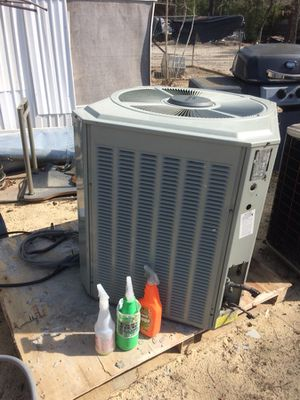 2 1/2heat pump unit Freon R22 for Sale in Cameron, NC
