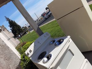 """Ge 30""""electric stove, hotpoint refrigerator, and dishwasher for Sale in Antioch, CA"""