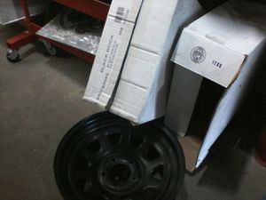 5 JK jeep rims wheels for Sale in Willoughby, OH