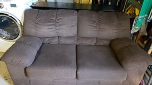 Free love seat for Sale in Antioch, CA