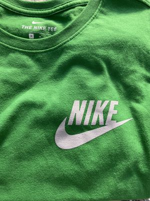 Green Nike Tee for Sale in Rancho Dominguez, CA
