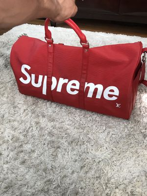 Supreme x Louis Vuitton Duffle Bag for Sale in Daly City, CA