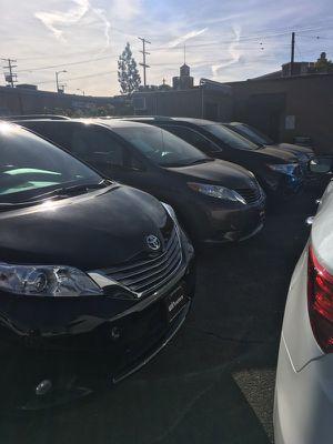Tengo 7 mini van for Sale in Los Angeles, CA
