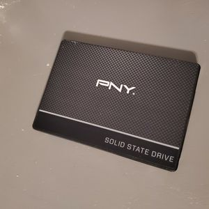 Pny 1tb Ssd Drive For Gaming Pc Laptops Or Ps4 for Sale in Jurupa Valley, CA