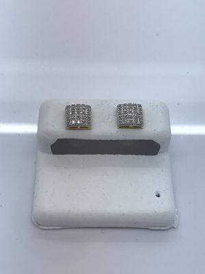 10k yellow gold earrings with .15 carat diamonds new for Sale in Renton, WA