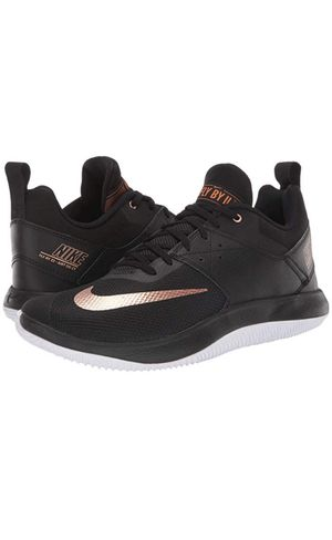 Nike Fly By Low II Sizes Available: 8.5, 9.5, 10 & 10.5 90$ Each for Sale in West Valley City, UT