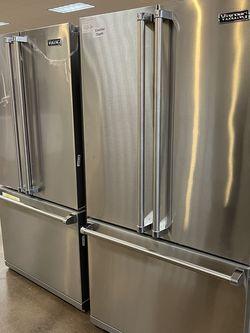 Viking Refrigerator for Sale in Riverside,  CA