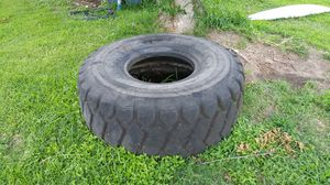 Workout tire for Sale in Seadrift, TX