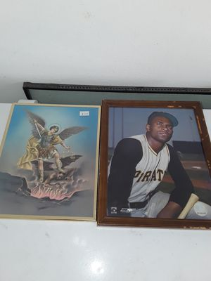 Roberto Clemente & San miguel archangel picture frames for Sale in Kissimmee, FL