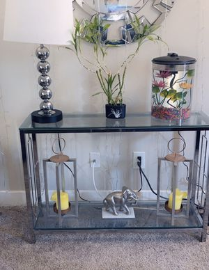 Glass console table for Sale in Woodinville, WA