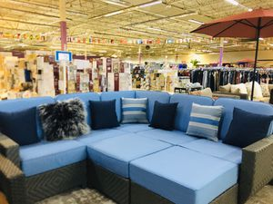 7 pcs patio furniture of sunbrella cushions and hard metal frame for Sale in Moreno Valley, CA