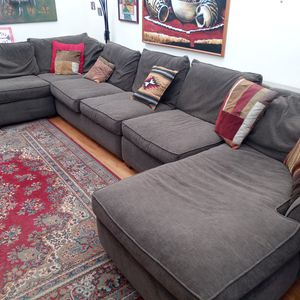 5 piece Sofa Sectional w/Fold Out Bed for Sale in Portland, OR