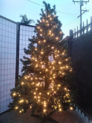 7ft Christmas tree with clear lights for Sale in South Gate, CA