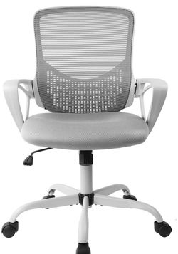 Desk Chair With Lumbar Support for Sale in Pomona,  CA