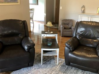 Leather Recliners for Sale in Puyallup,  WA