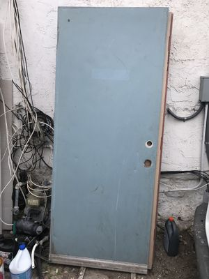 32x79 1/2 exterior laminated door for $30 for Sale in San Diego, CA