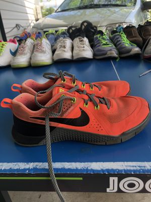Nike Metcon Shoes for Sale in Forest Heights, MD