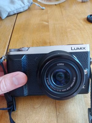 Panasonic Lumix gx85 used for Sale in College Park, MD