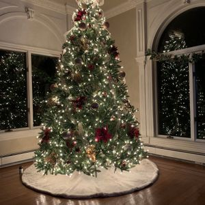 National Tree Company 9 ft. Jersey Fraser Fir Artificial Christmas Tree with Clear Lights for Sale in Nyack, NY