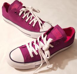 New WOMENS Converse for Sale in Raleigh,  NC