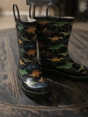 Rain boots dinosaur size 11/12 brand Western Chief . Botas de lluvia dinosaurio size 11/12 Western Chief for Sale in Phoenix, AZ