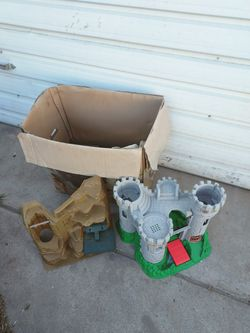 Castle Play Set for Sale in Fresno, CA