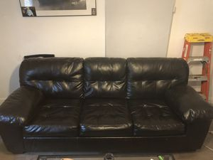 Pull out couch leather $100. Fishtown area for Sale in Philadelphia, PA