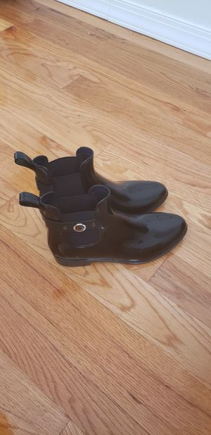 Womans Nautica rain boots for Sale in Queens, NY