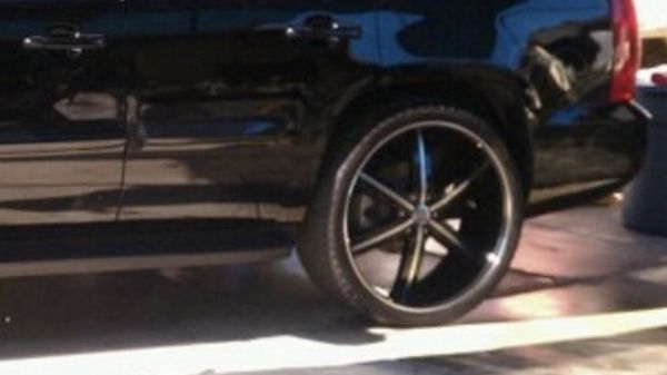 24 Inch Rims and Tires