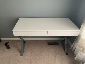 Computer desk for Sale in High Point, NC