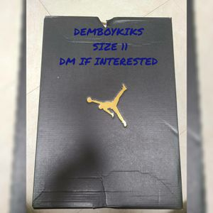 Air Jordan 1 Mid Shattered Backboard Size 11 for Sale in Laurel, MD