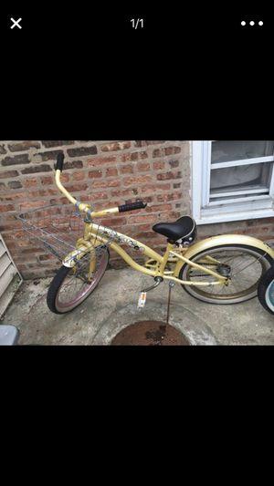 """Schwinn cruiser bike 18"""" for Sale in Chicago, IL"""