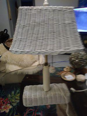 Vintage vintage white wicker lamp small for Sale in Pompano Beach, FL