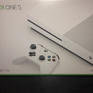 Xbox One S With Game And Headset ! for Sale in Anaheim, CA