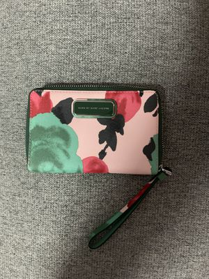 Marc Jacobs wallet for Sale in The Bronx, NY